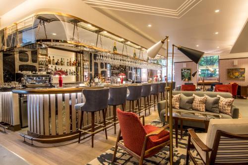 Devonshire Club & Hotel photo 8