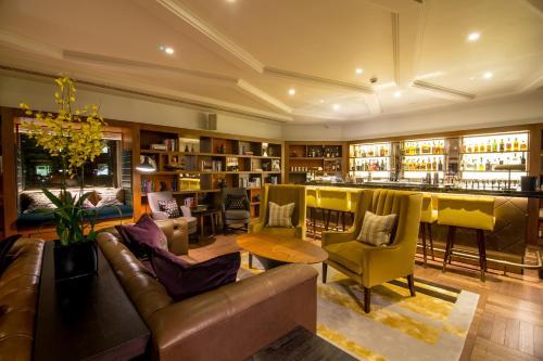 Devonshire Club & Hotel photo 26
