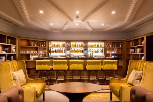 Devonshire Club & Hotel photo 31