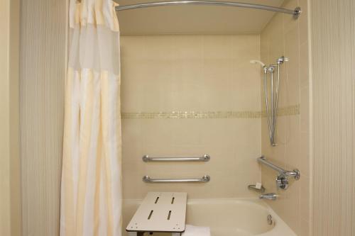 Hilton Garden Inn Baltimore Inner Harbor - Baltimore, MD 21202
