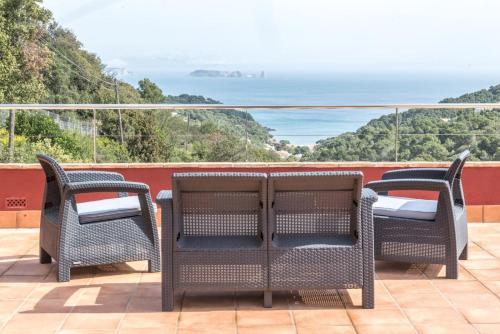 Habitación Doble Deluxe con balcón y vistas al mar Es Cel de Begur Hotel 1