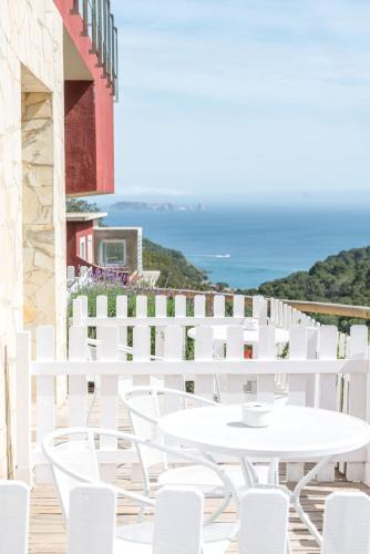 Habitación Doble Deluxe con terraza Es Cel de Begur Hotel 9