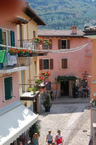 . Casella's Apartments