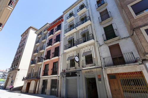 Sercotel Hotel Restaurante Europa, Calle de Espoz y Mina, 11, 31002 Pamplona, Navarra, Spain.