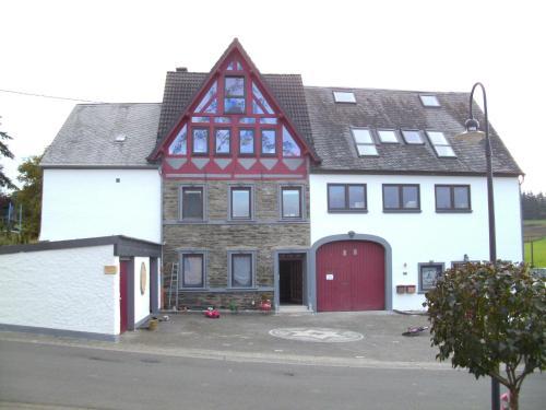 . Landhaus Nobel-Hobel