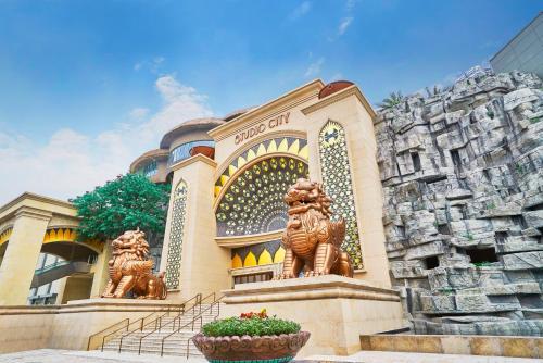 Estrada do Istmo, Cotai, Macau.