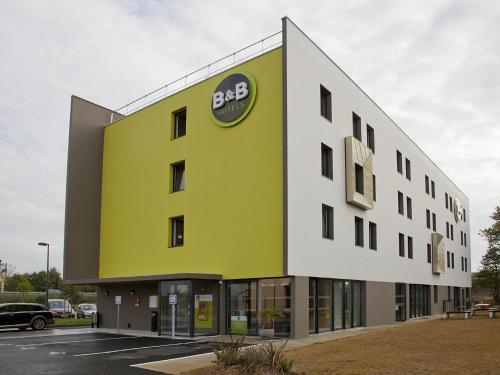 . Hôtel B&B Nantes Savenay