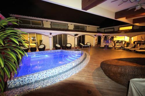 HotelCEDROS INN HOTEL