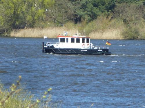 . Elbe Ferien