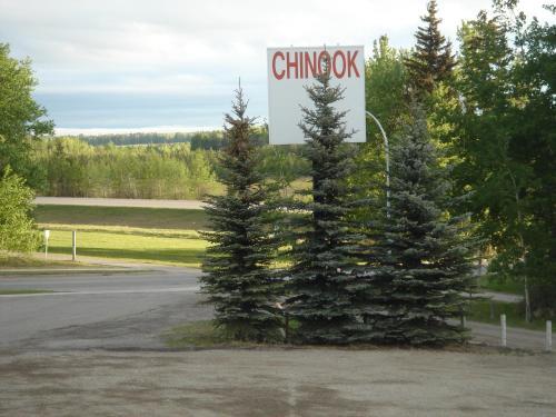 Chinook Inn