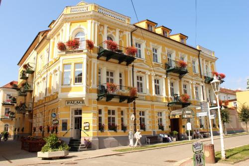 . LD Palace