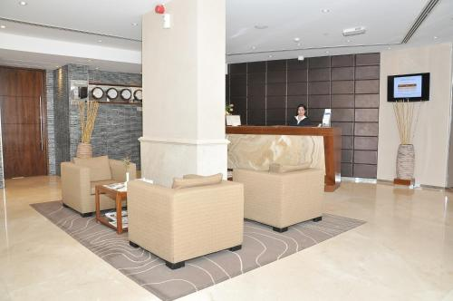 Phoenix Plaza Hotel Apartments photo 4