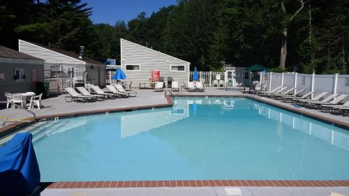 Moody Beach Camping Resort 38 Ft. Park Model 8 - Wells, ME 04090