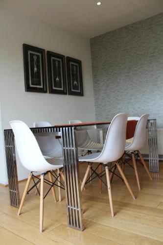Chelmsford Serviced Apartments - Photo 8 of 53