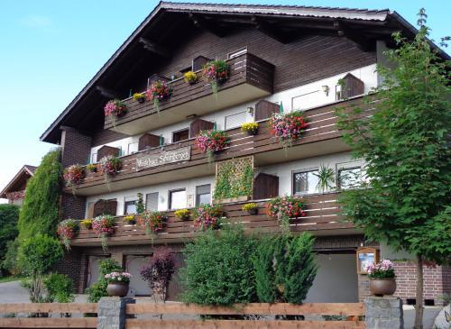 Gasthof - Pension Schamberger - Hotel - Neukirchen beim Heiligen Blut
