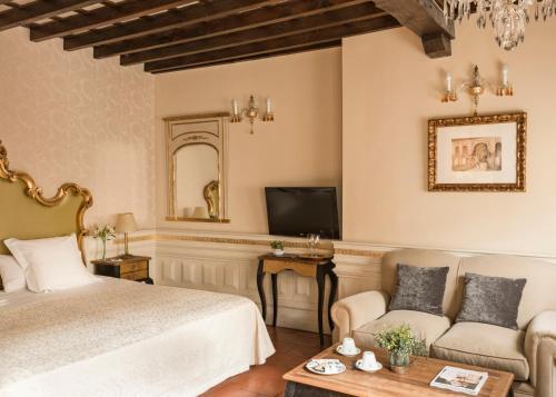 Junior Suite Hotel Casa 1800 Granada 36