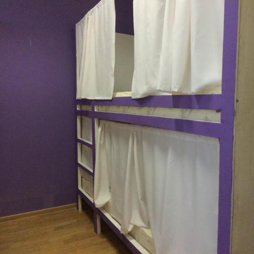 Хостел ПЛЕД на Самотёчной Кровать в общем 6-местном номере для мужчин