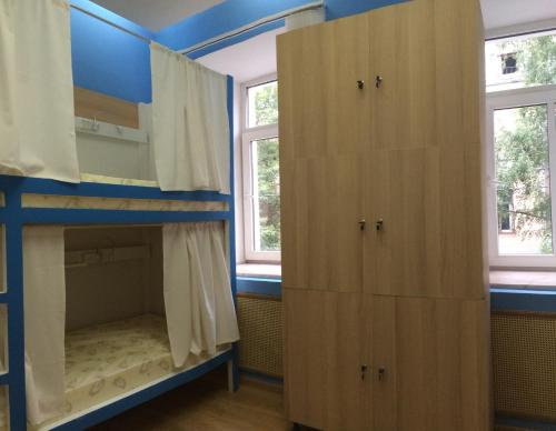 Хостел ПЛЕД на Самотёчной Кровать в общем номере с 5 кроватями
