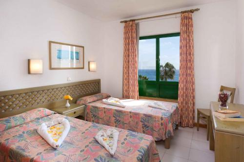 Photo - Blue Sea Apartamentos Costa Teguise Beach