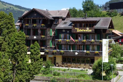. Hotel Edelweiss