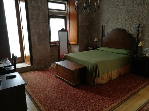 Superior Double  - single occupancy Hotel Pazo de Lestrove by Pousadas de Compostela 5