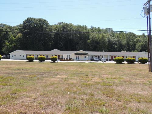 Windsor Motel - Groton, CT 06340