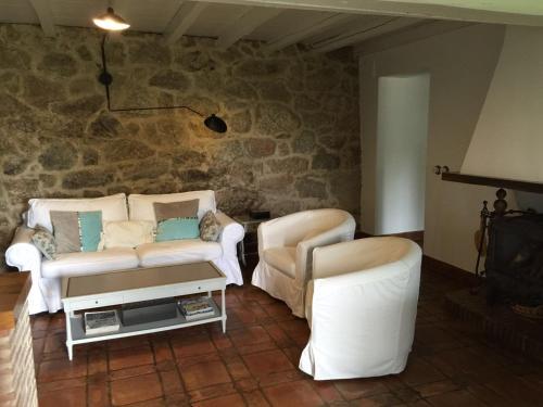 Casa de 2 dormitorios El Vergel de Chilla tiene 3 alojamientos Abejas 1 Abejas 2 y Libélula 1