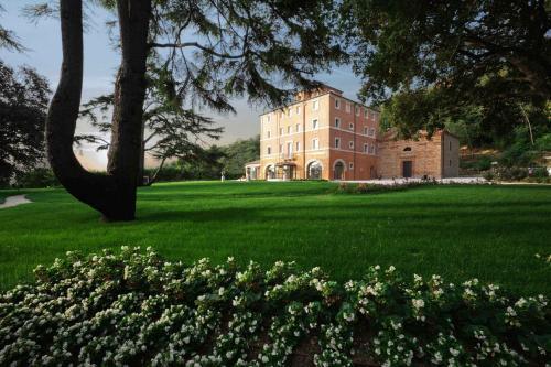 . Villa Lattanzi