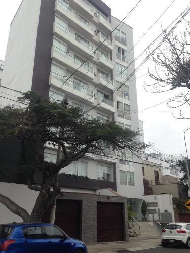 Hotel Peruvian Apartment Atahualpa near Park Kennedy