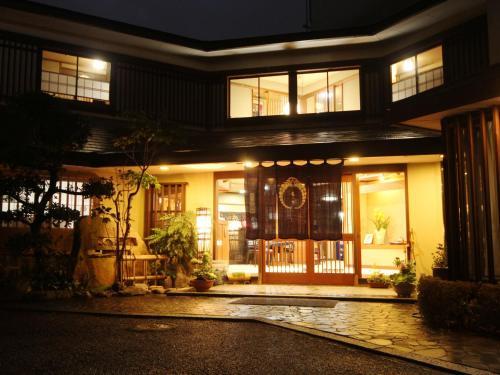 圖塔洛日式旅館 Totaro