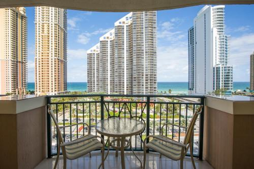 . Apartment By Great Sunny Isles Lodging