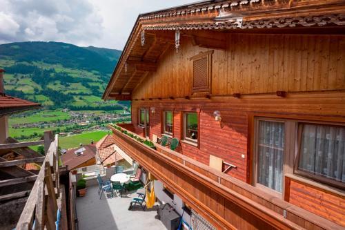 Ferienwohnung Eberharter Theresia Ramsau im Zillertal