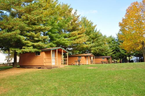 . Plymouth Rock Camping Resort One-Bedroom Cabin 5