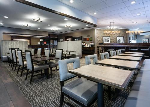 Hampton Inn Pittsburgh-University Center - Pittsburgh, PA 15220