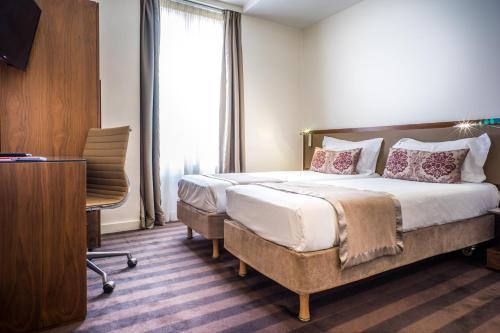 Photo - Art Hôtel Batignolles