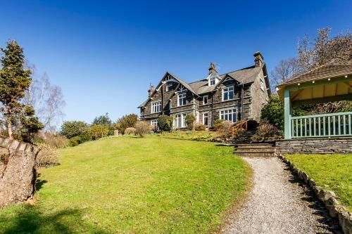 . Ambleside Lake House