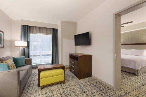Homewood Suites By Hilton Pittsburgh Downtown - Pittsburgh, PA 15222