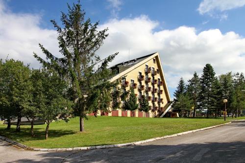 . Hotel Zelenkada