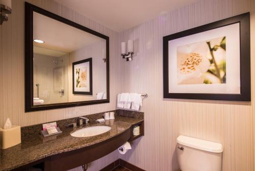 Hilton Garden Inn Uniontown - Uniontown, PA 15401