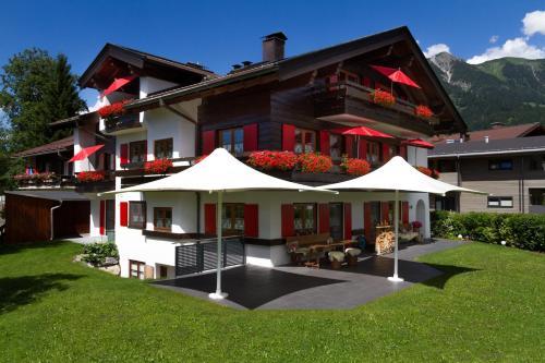 Landhaus Fliegenpilz - Apartment - Oberstdorf