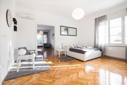 . Apartment Ribnjak