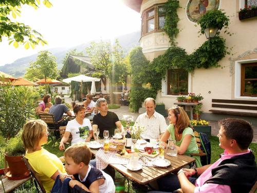 Фото отеля Hotel Senningerbrau
