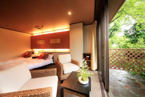 Superior Twin Room with Private Bathroom*