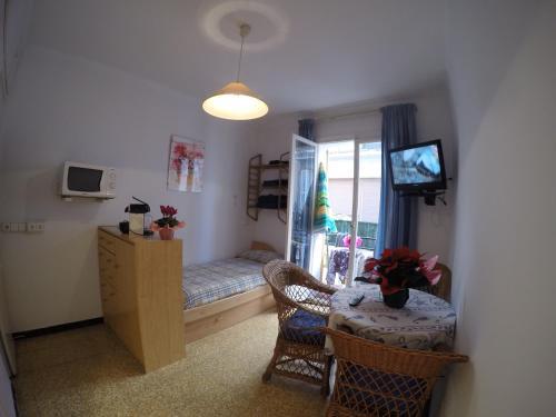 Apartamentos Montserrat impression