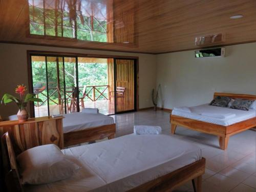 . Vistadrake Lodge
