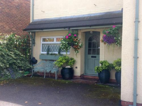 Mere Cottage B And B