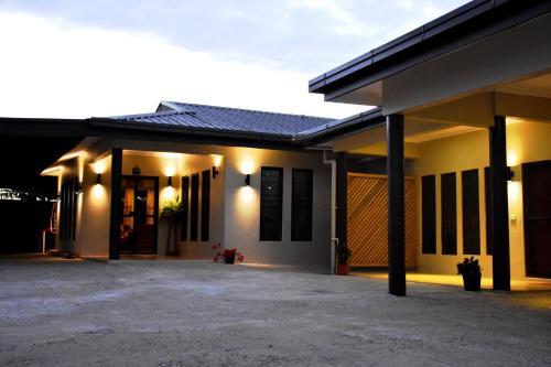 Hotel Westfield Homestay Fiji