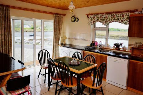 . Cottage 216 - Roundstone