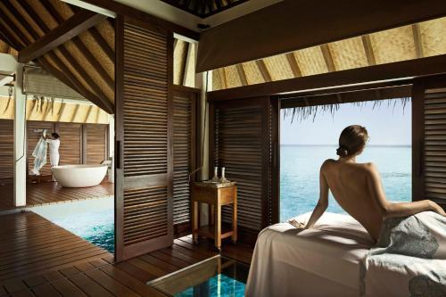 The Four Seasons Maldives at Landaa Giraavaru - 23 of 52