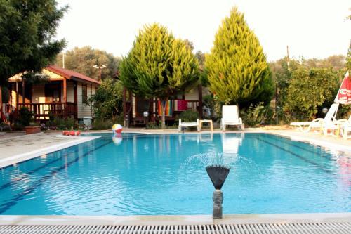 Hisarönü Secret Paradise Bungalow & Apartments adres